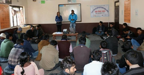 Yadav and Ghimire facilitating the youth gathering. © UNFPA Nepal